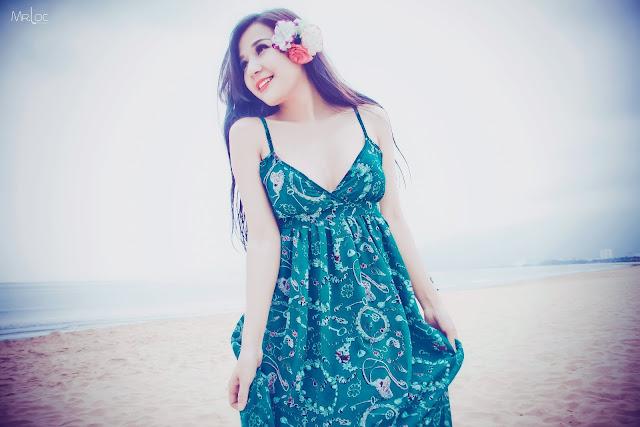 Người đẹp luôn rạng rỡ với nụ cười đẹp