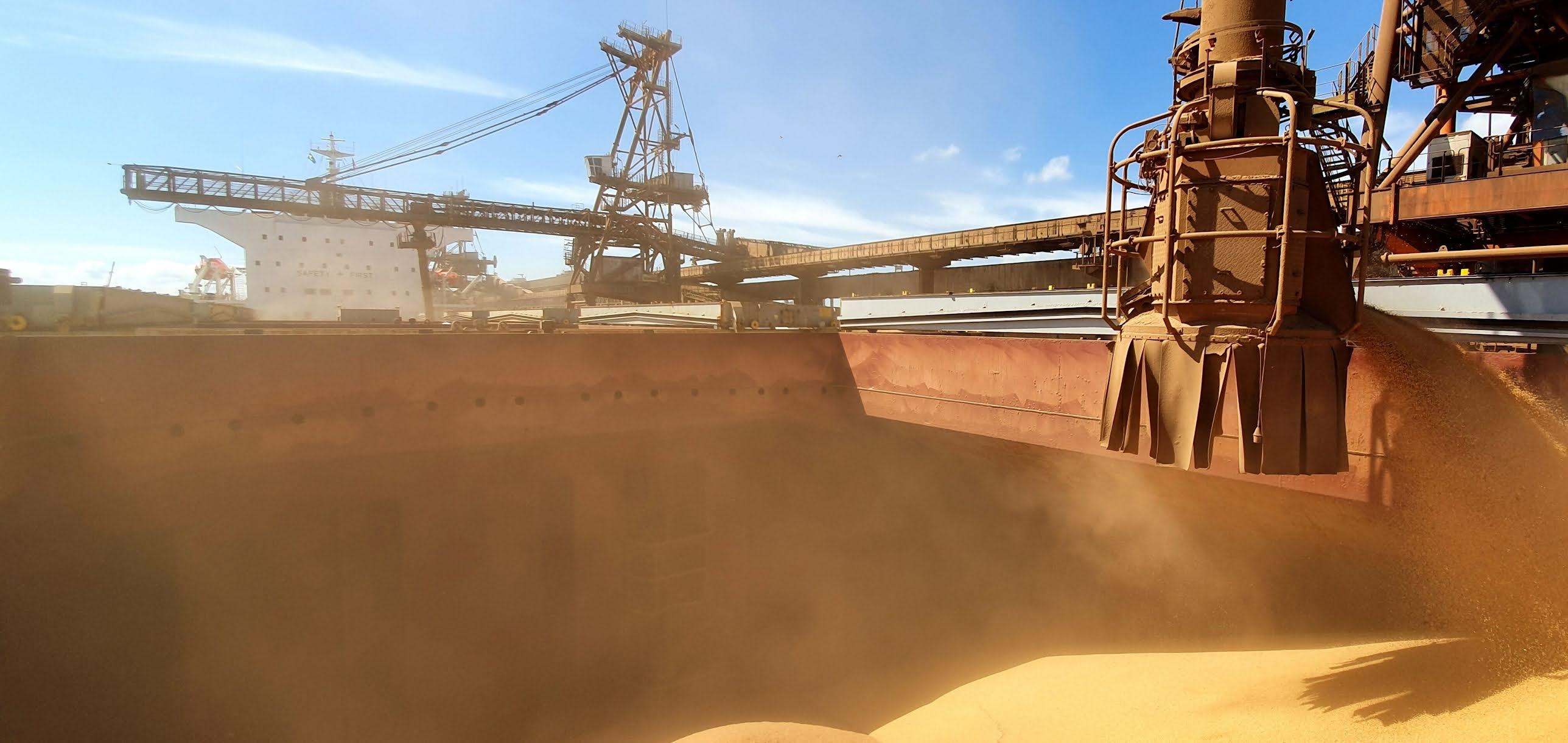 Porto de Rio Grande (RS) lidera exportações de soja em agosto