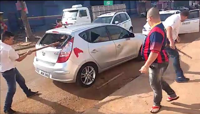 Vídeo mostra ataque de taxistas contra carro do Uber em Porto Velho