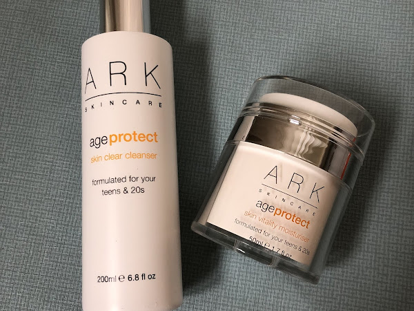 Monthly favorites skincare, hair and teeth.