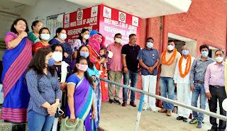 रेलवे स्टेशन पर इनरव्हील क्लब ने लगाया स्तनपान केबिन | #NayaSaberaNetwork