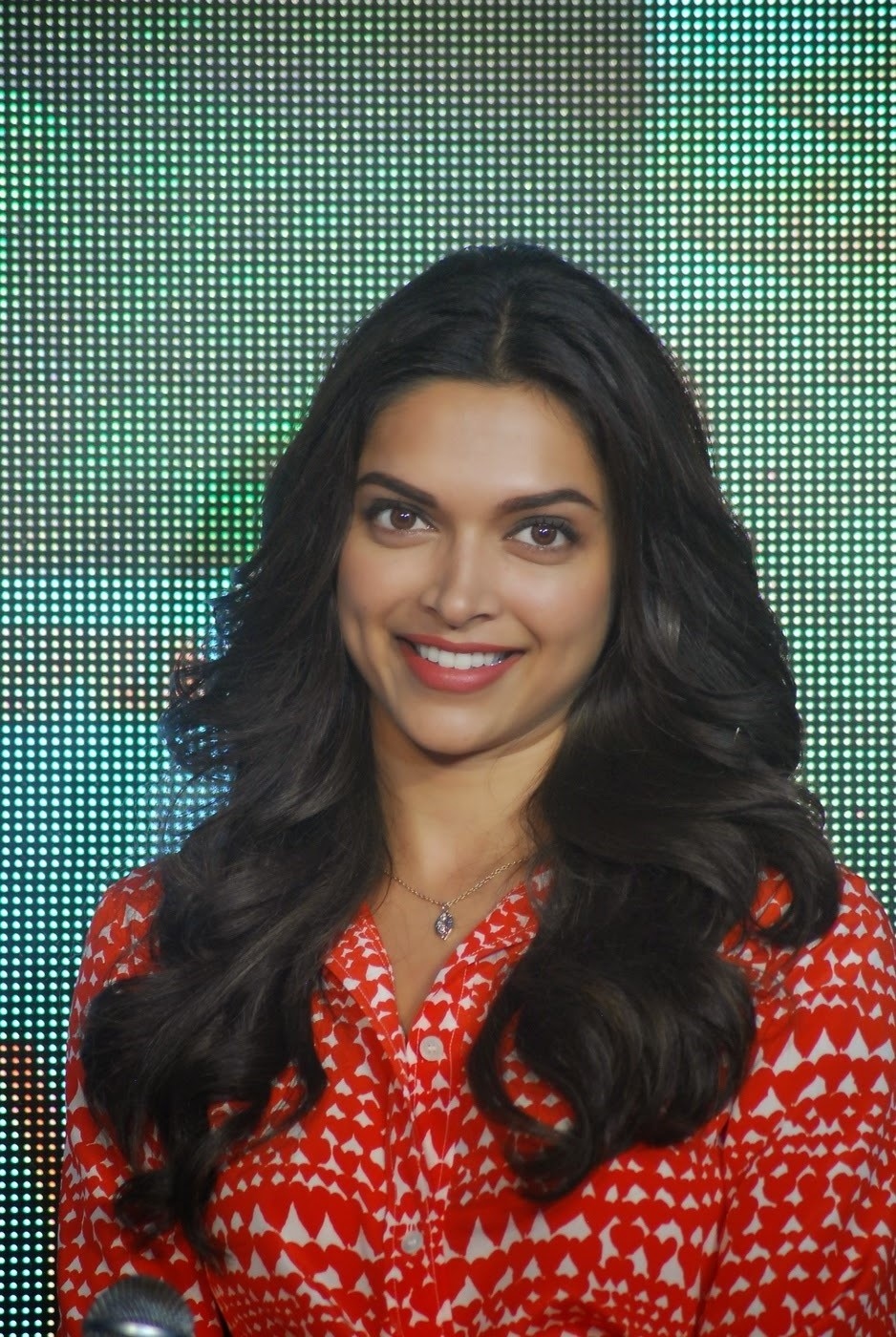 Deepika Padukone Hot Big teeth  In Orange Dress
