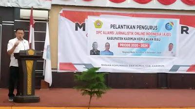 Jonni Pakkun Lantik Pengurus DPC AJO Indonesia Kabupaten Karimun