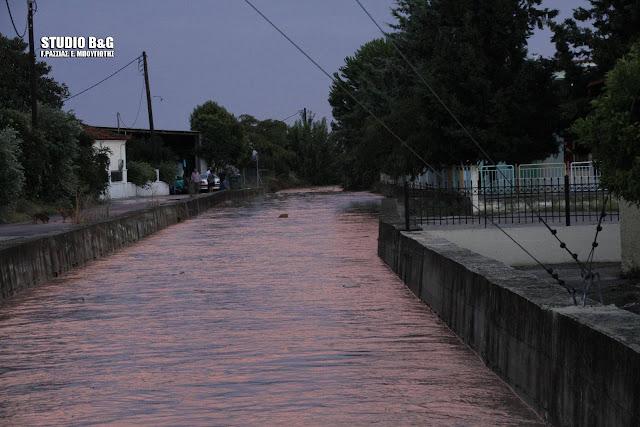 Φούσκωσε επικίνδυνα το ρέμα στο Κουτσοπόδι
