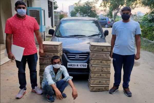 faridabad-crime-branch-central-arrested-illegal-wine-taskar