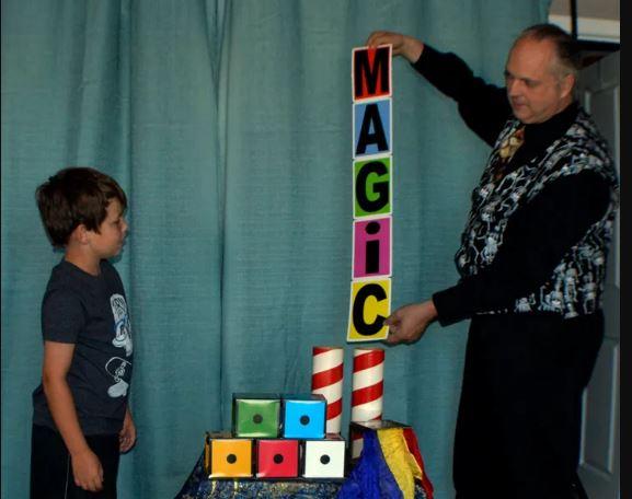 Magician Mick Raven Lilburn, GA - Comedy Magic, Stage Magic, General Magic, Close-up Magic