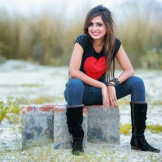 Tania Brishty Hot
