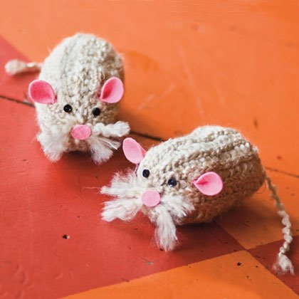 Tin Can Knitter Mouse