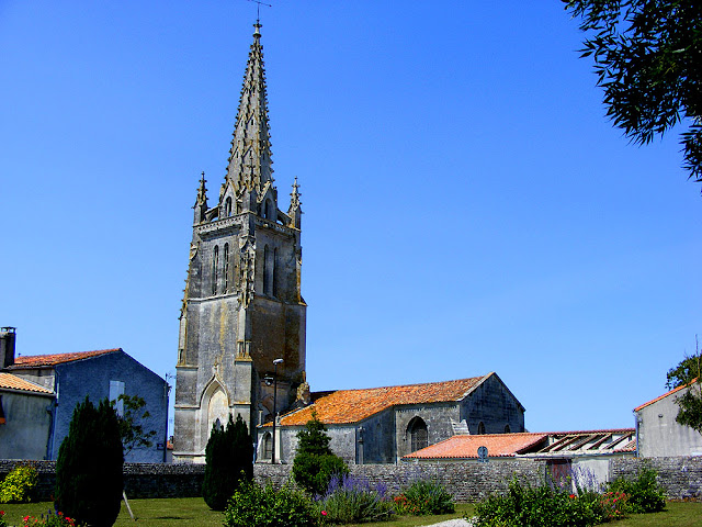 The church at Moeze, Charente-Maritime, France. Photo by Loire Valley Time Travel.