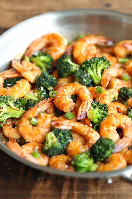 EASY SHRIMP AND BROCCOLI STIR FRY #recipes #dinnerrecipes #quickdinnerrecipes #deliciousdinnerrecipes #quickanddeliciousdinnerrecipes #food #foodporn #healthy #yummy #instafood #foodie #delicious #dinner #breakfast #dessert #lunch #vegan #cake #eatclean #homemade #diet #healthyfood #cleaneating #foodstagram