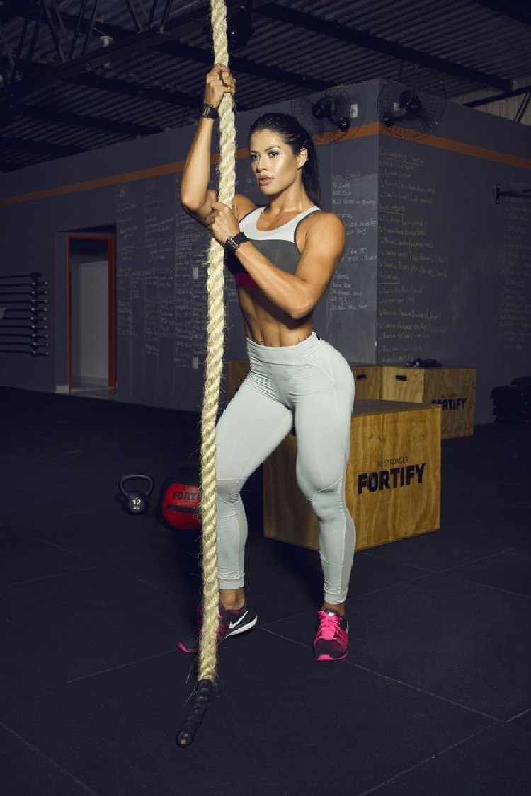 Yasmin Castrill workout
