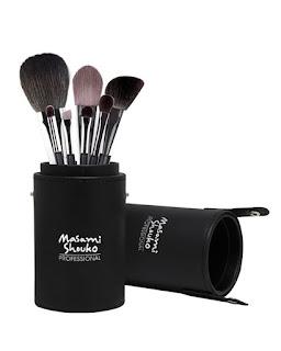 Rekomendasi Brush Makeup Terbaik yang Harus Anda Coba