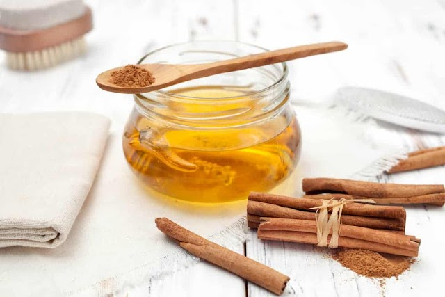 3 TYPES OF NATURAL NOURISHING MASKS TO HELP TREAT ACNES AND WHITEN THE SKIN