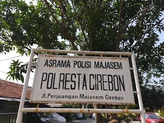 Kapolres Cirebon kota, Himbau penghuni asrama kerja bhakti bersih-bersih lingkungan