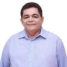 Prefeito de Açailândia, Aluisio Silva abriu mão de fazer licitação e prestigiou a Distribuidora Vida com um contrato milionário de mais de 3 milhões de reais!!!