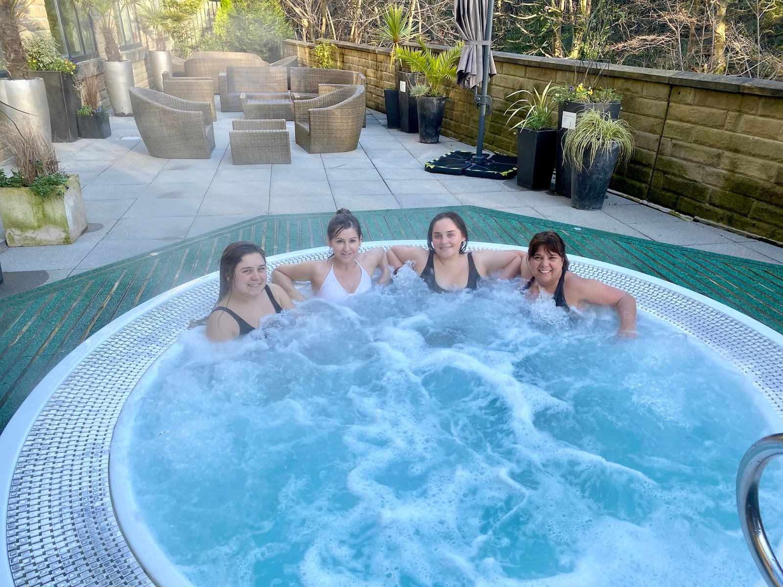 fun in the outdoor jacuzzi at Titanic spa