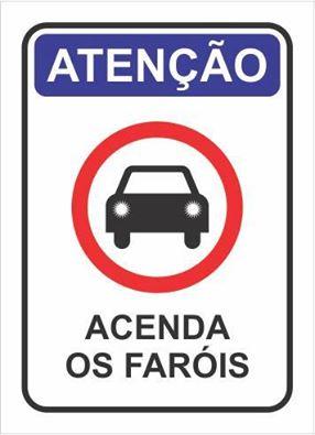 OBRIGATORIEDADE DO USO DE FARÓIS BAIXOS DURANTE O DIA NAS RODOVIAS