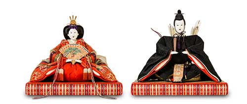 A pair of Hina dolls from a private collection of the Okura family in Fushimi.