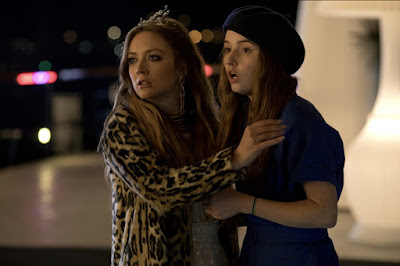 "Billie Lourd and Kaitlyn Dever in ""Booksmart"" movie"