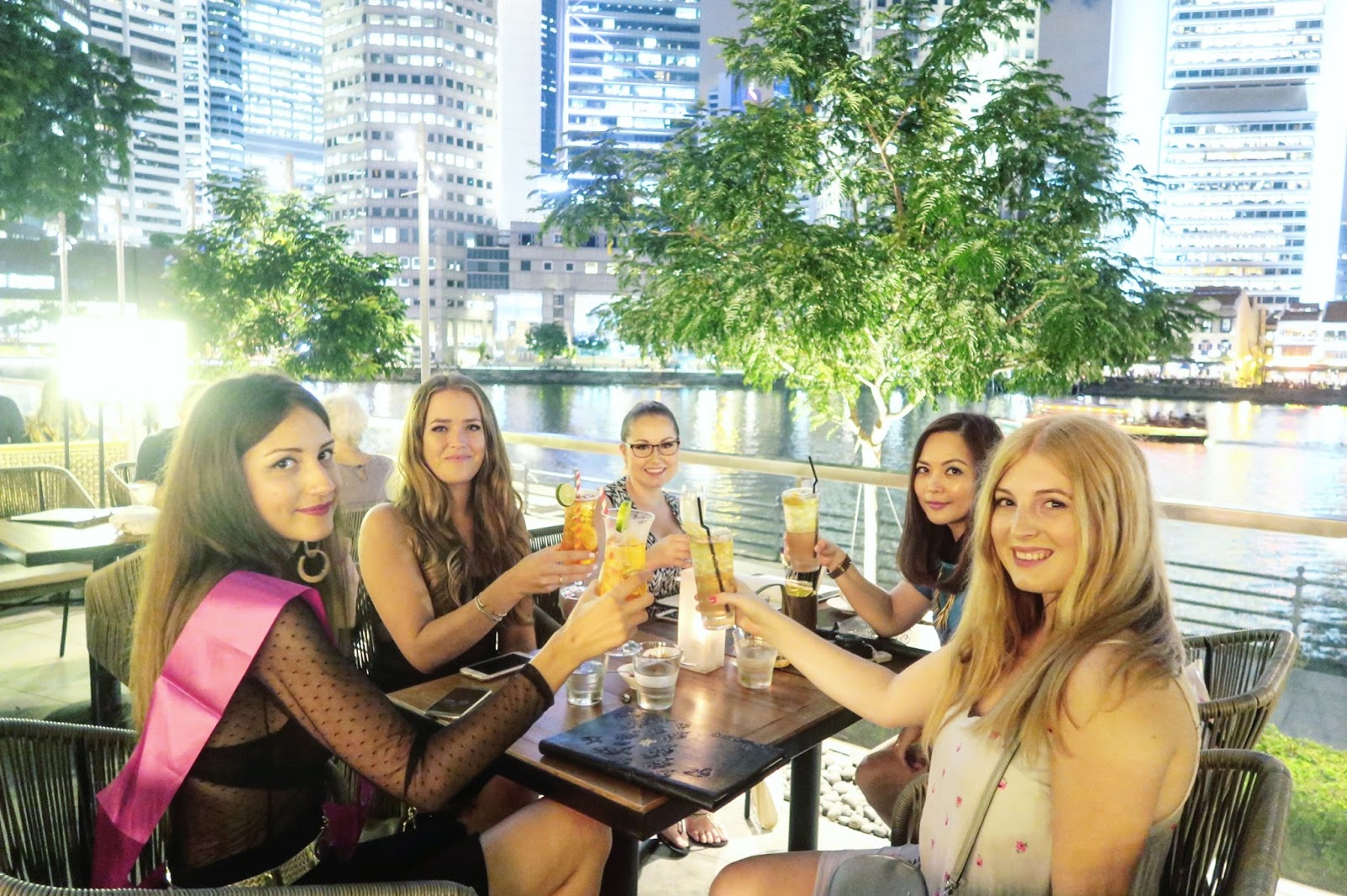 How to Make Friends as an Expat in Singapore