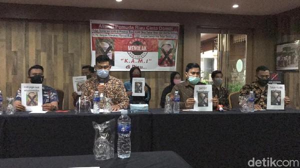 Aliansi Pemuda Riau Cinta Damai Tolak Deklarasi KAMI