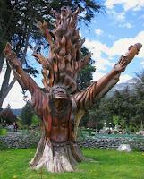 Obras de arte hechas con madera tallada figura indigena