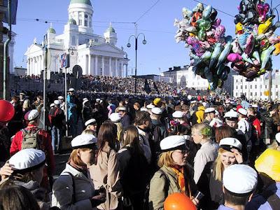 Festa del lavoro in Finlandia, scopriamo il Vappu