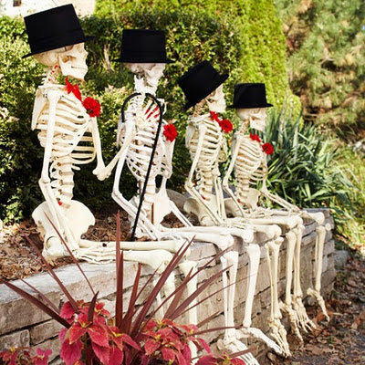 Classy skeletons for your entryway