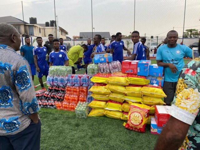 Nana Aba Anamoah showers gifts on Great Olympics after Kotoko defeat