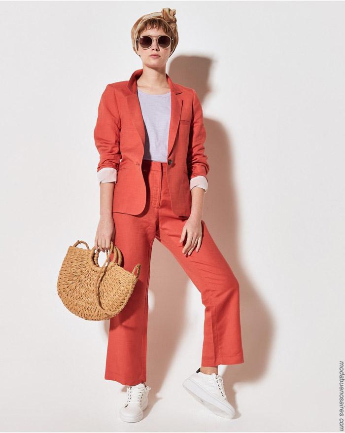 Trajes de mujer primavera verano 2020. Moda mujer 2020.