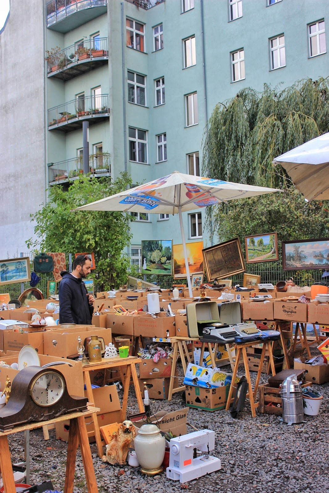 Alternative Things To Do In Berlin: Mauerpark Flea Market
