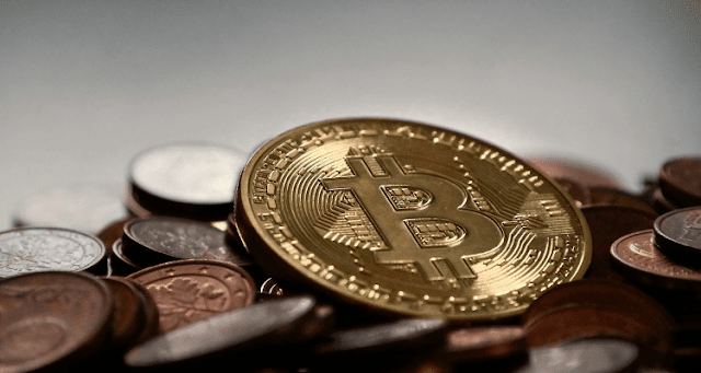 No entiendes el Bitcoin porque crees que el dinero es real
