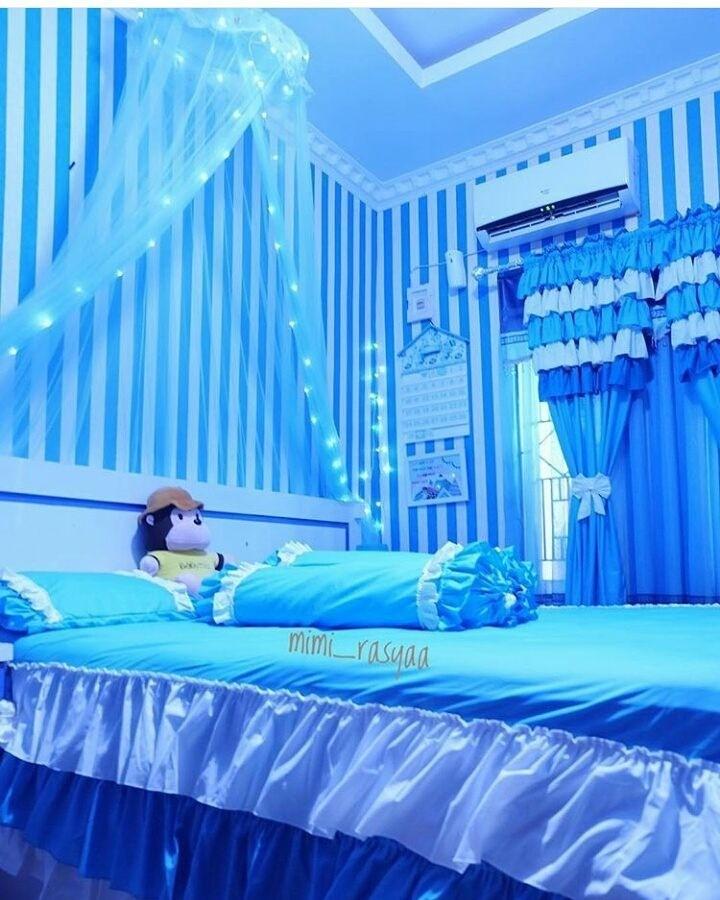 Inspirasi Rumah Warna Biru Yang Membuat Damai Dihati Homeshabby Com Design Home Plans Home Decorating And Interior Design