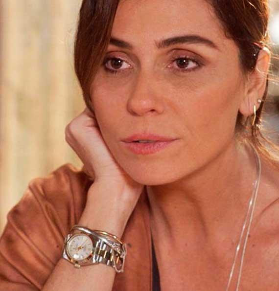 Alice (Giovana Antonelli) relógio em Sol Nascente