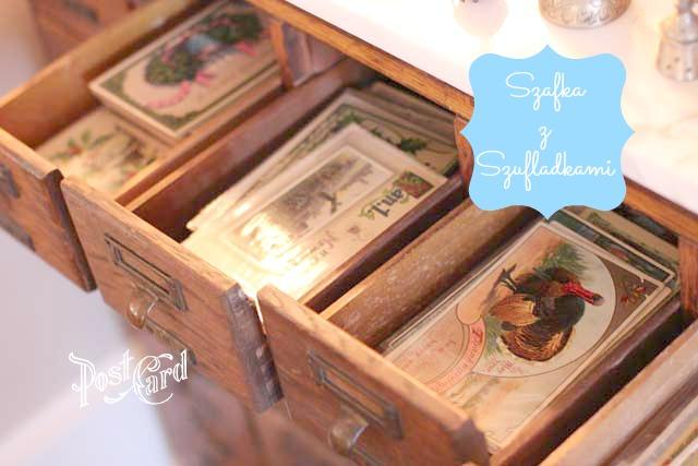 szafka z malymi szufladami