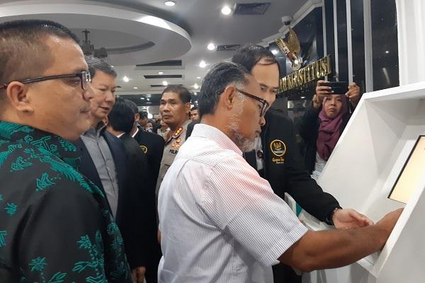 Tim Hukum Prabowo Pertanyakan Dana Kampanye Rp13 M dari Kas Pribadi Jokowi