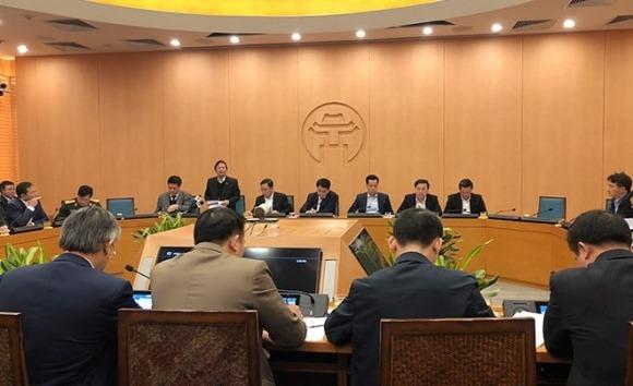 Chủ tịch Hà Nội yêu cầu sản xuất thêm 15-20 triệu khẩu trang phát miễn phí cho dân