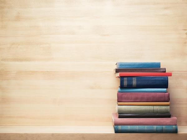 7 Rekomendasi Situs Untuk Beli Buku Import Secara Online