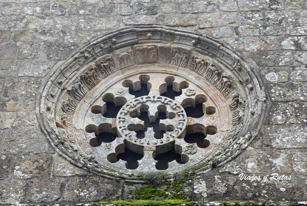 Rosetón de la Iglesia Santa Cristina de Ribas de Sil, Ourense