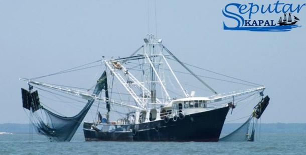 Perahu Pukat Hela