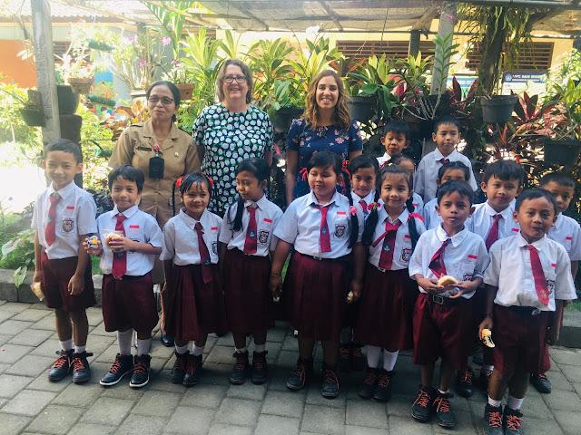 Indigenous Australian children's author and poet visits Bali