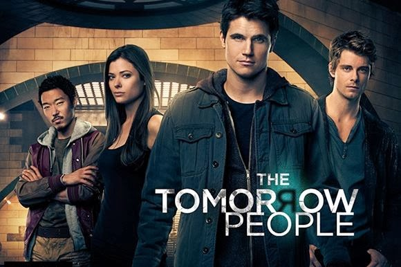 Stephen Jameson (Robbie Amell) with Russell Kwon (Aaron Yoo) Cara Coburn (Peyton List) and John Young (Luke Mitchell)