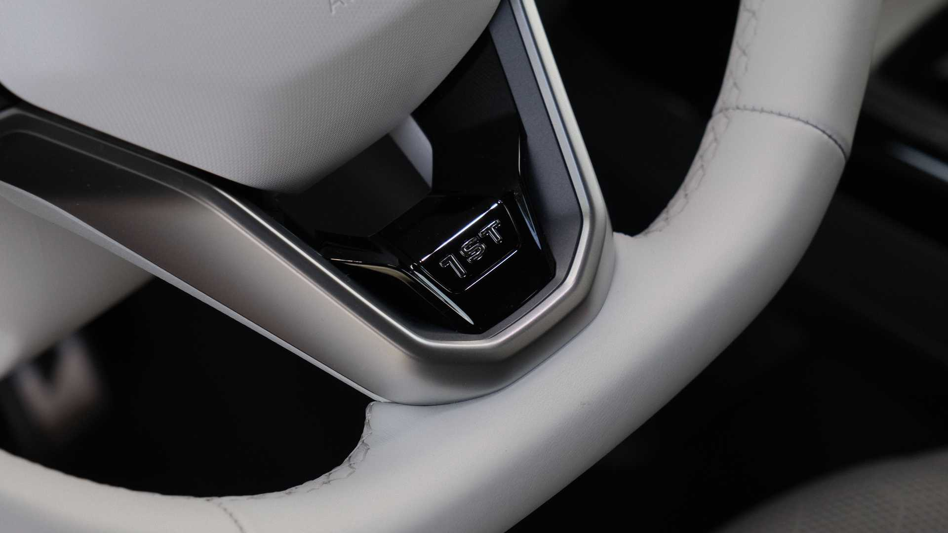 فولكس واجن آي دي. 4 الإصدارة الأول 2021 - عجلة القيادة