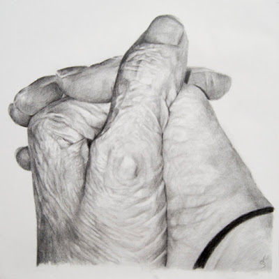 Manos dibujadas a lápiz