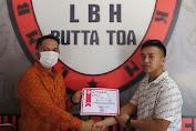 LBH Butta Toa Bantaeng serahkan Sertifikat Magang ke Mahasiswa STIH Litigasi Rawasari