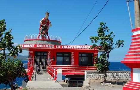 Tempat wisata pantai watu dodol di banyuwangi