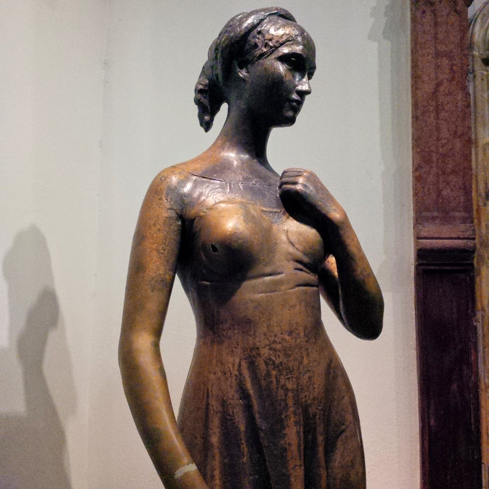 The original statue of Juliet in Juliet's House