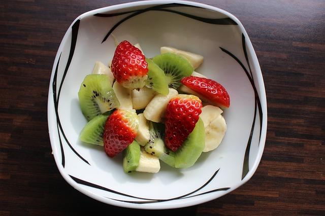como preparar una deliciosa receta de ensalada con frutas