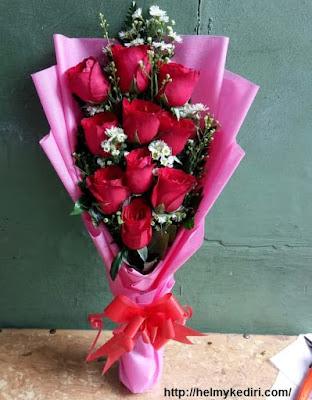 3. Jualan bunga / Bucket Bunga
