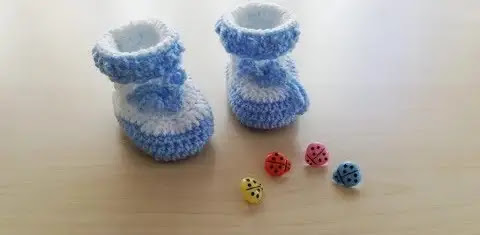 Preciosas Botitas Celestes de Bebé a Crochet